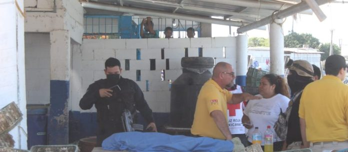 Mueren tres niños en accidente en panga en Las Aguamitas