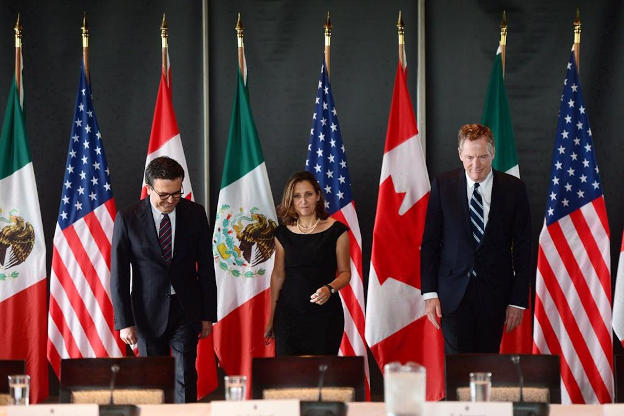 Mexico and Canada Face US Tariffs If NAFTA Talks Extend Beyond May