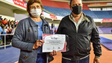 Photo of El gobernador Ricardo Quintela reconoció y valoró la tarea diaria de los agentes sanitarios