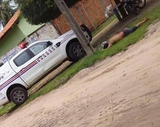 HOMEM É MORTO APÓS REAGIR CONTRA POLÍCIA NO POVOADO CANA-BRAVA / ARAIOSES