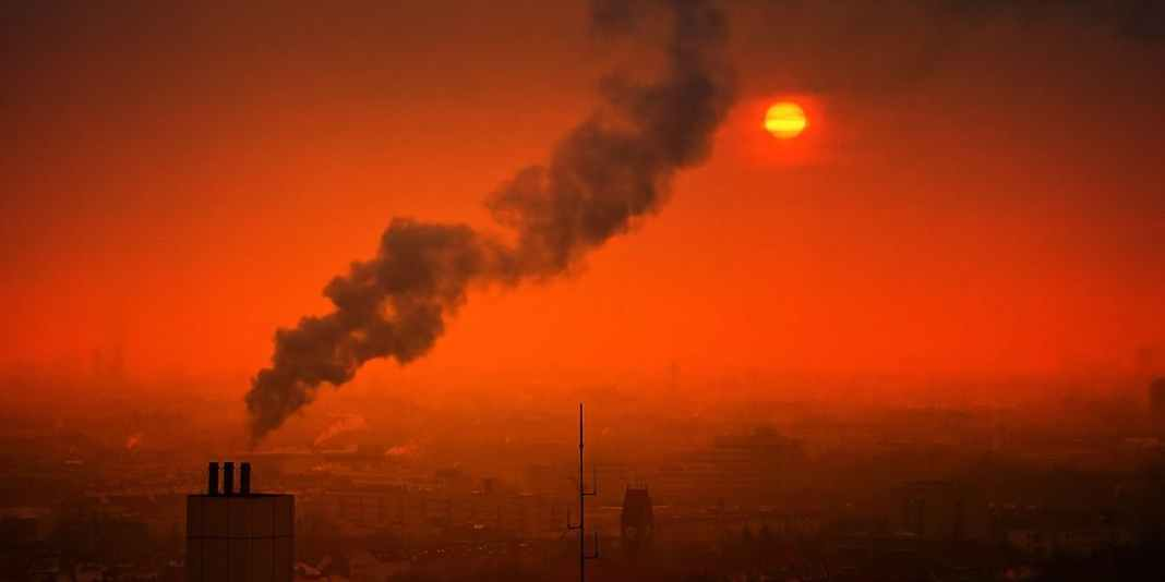 According to the World Health Organization, an estimated 4.2 million premature deaths are attributed to atmospheric air pollution in the world every year.