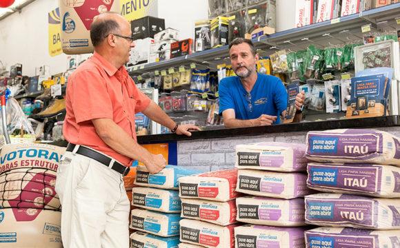 Balconista,Auxiliar Administrativo -R$ 1.053,00 - Ter disponibilidade de horário, trabalhar em equipe - Rio de Janeiro