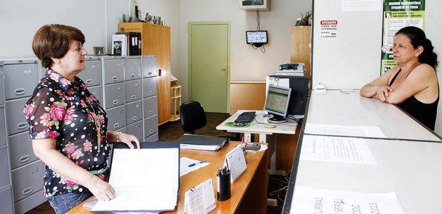 Secretária, Panfleteiro - R$ 3.500,00 -Atendimento ao cliente, ser um profissional proativo - Rio de Janeiro