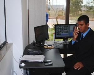 Atendente de Portaria, Ajudante de Caminhão - R$ 1.237,00 - Zelar diariamente pela apresentação pessoal, ser proativo - Rio de Janeiro