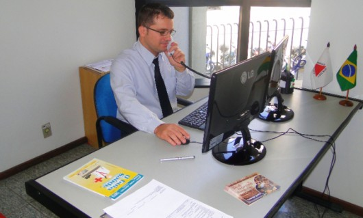Auxiliar de Logística,Porteiro - R$ 1.333,95 -Acompanhar a circulação dos funcionários, ser comunicativo - Rio de Janeiro