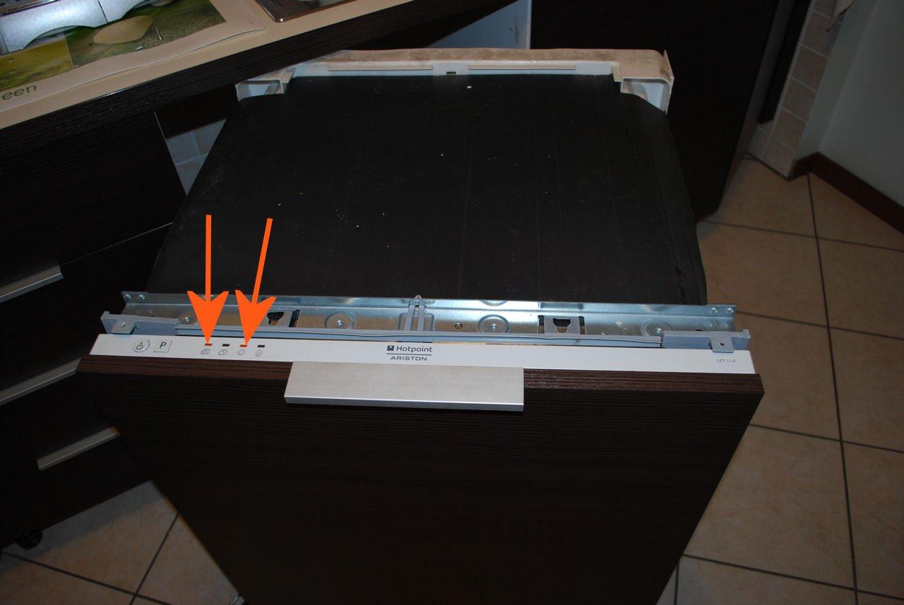 Codici errore lavastoviglie Ariston - Hotpoint - Indesit - Riparodasolo
