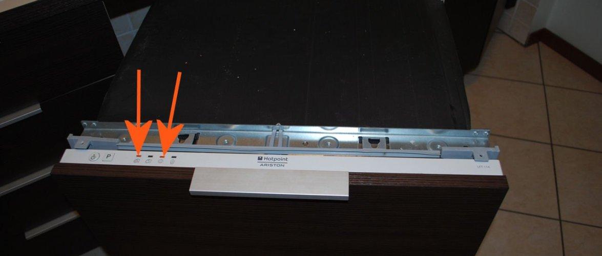 Lavastoviglie Bosch Spia Rubinetto Accesa.Codici Errore Lavastoviglie Ariston Hotpoint Indesit