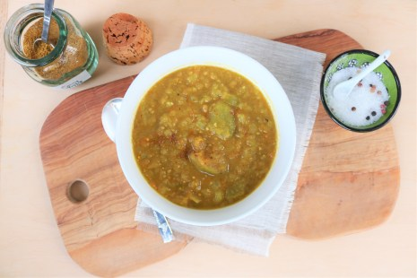 Curried green tomato soup