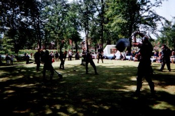 2001Skullfight12af37