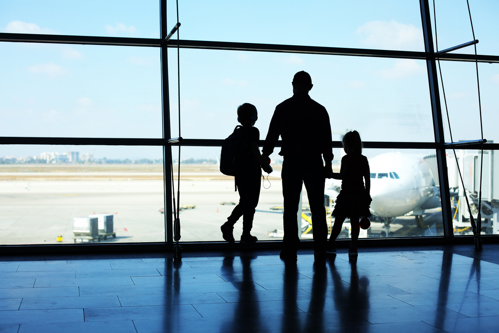 tips for flying with kids|Ripped Jeans and Bifocals