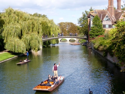 punting-on-river-cam