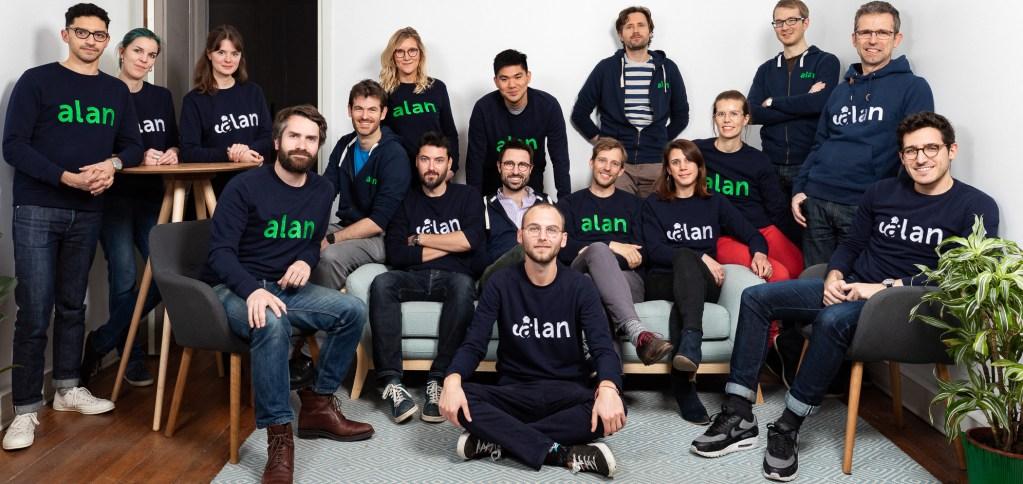 Shooting de l'équipe de l'entreprise Alan, complémentaire santé montée sur le modèle start-up et s'adressant aux indépendants et aux entreprises du digital. L'équipe est photographiée dans ses locaux à Paris 10e le 3 avril 2018.