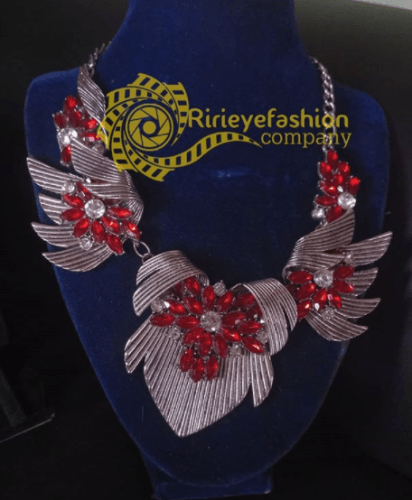 red costume chain