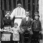Familia Mălaimare-Crețu din Satu-Nou, în anul 1928