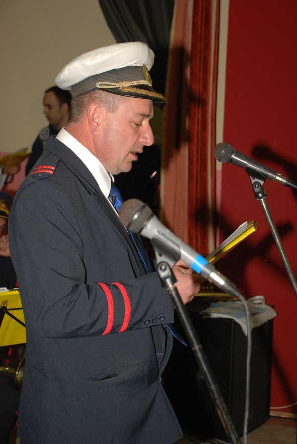 Ilia Capeț - președintele Comitetului Local al Festivalului și dirijorul fanfarei S. C. Eminescu din Coștei