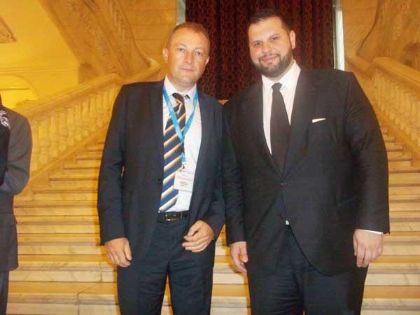 Dr. Dorinel Stan, președintele Românilor Independenți din Serbia și Dan Stoenescu, ministrul delegat pentru Relaţiile cu Românii de Pretutindeni