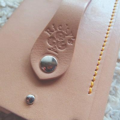 Ricky's Leather スマホケース 本革 レザー グリップ スワロフスキー