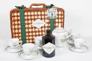 Hendrick's Christmas Tea Pack.