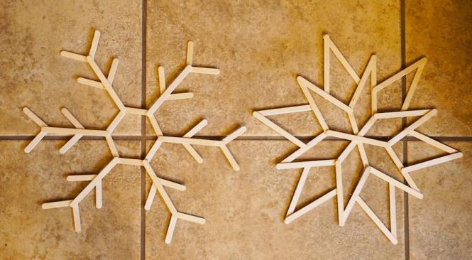 DIY Popsicle Snowflake - Assembled