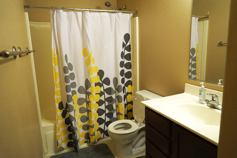 Bathroom Makeover Before