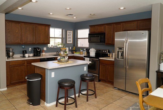 how to paint kitchen cabinets white - before
