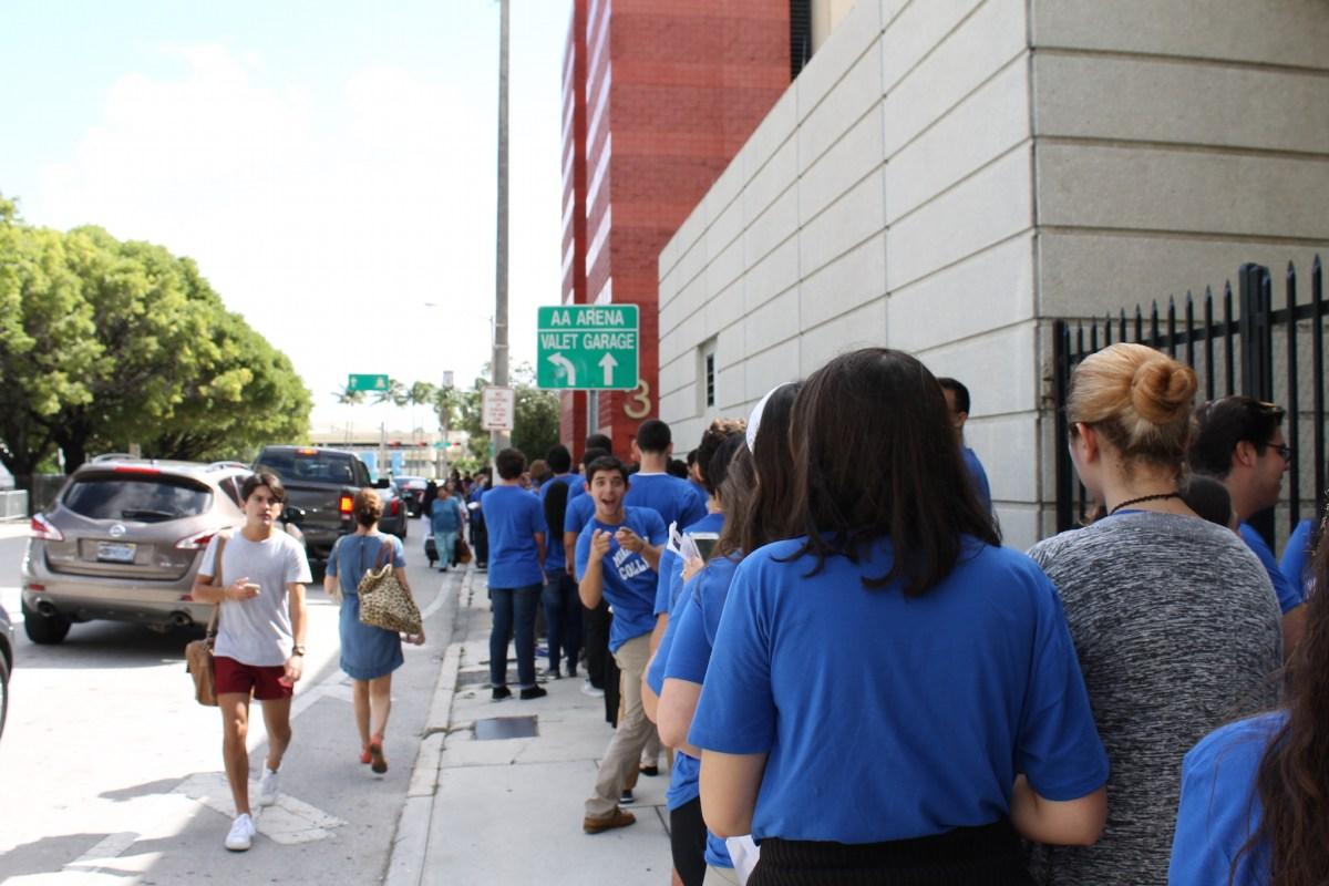 Miami Dade College students waiting for Obama's speech. Photo Credit: Matthew Alvarez/ RISE NEWS
