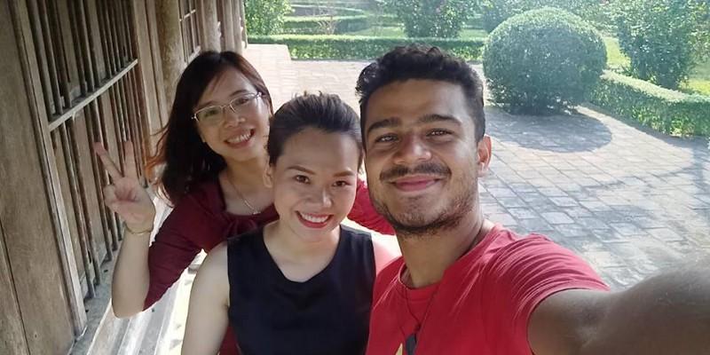 Nguyen Du's Memorial Selfie :D