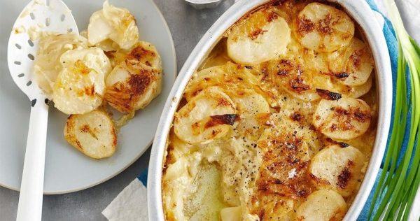 Картошка с сыром запеченная в сметане в духовке: Картофель ...