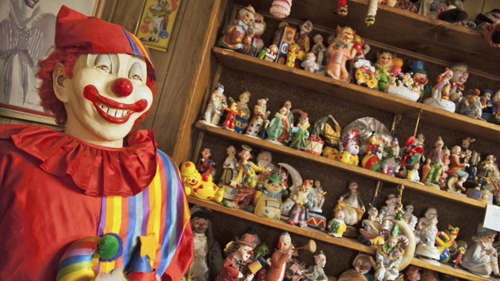 clown_motel_2b