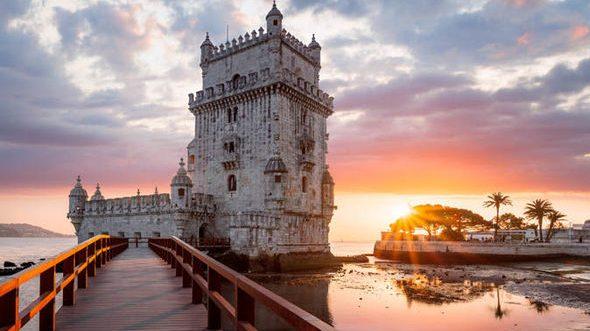 Lisbona 4 giorni in eccellente struttura con volo A/R da soli 157€