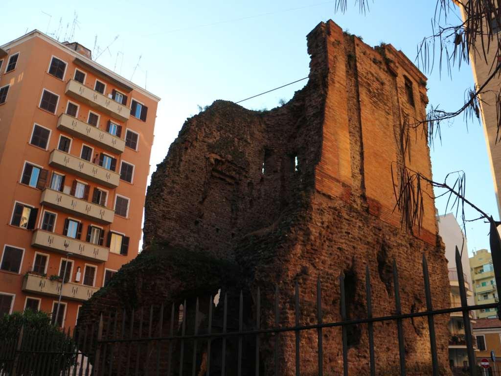 Roma tra esoterismo e fantasmi!