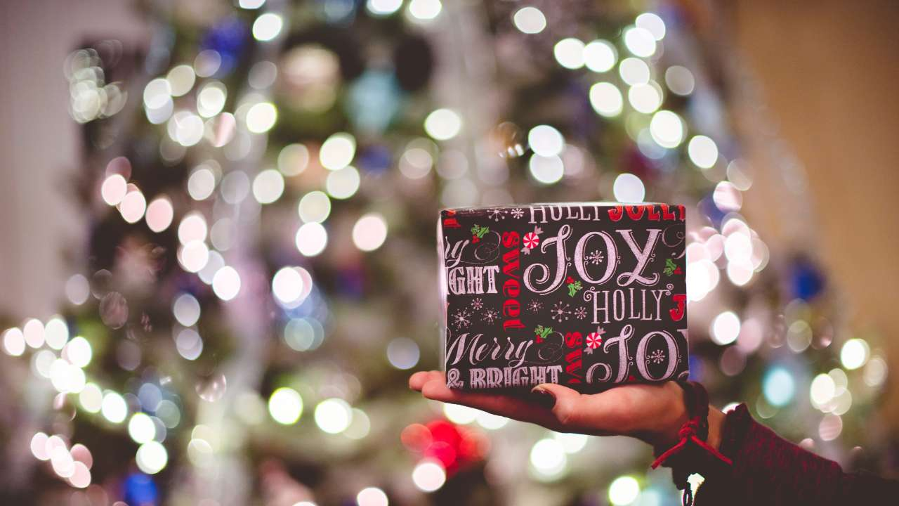 The Christmas Book Blogger Tag