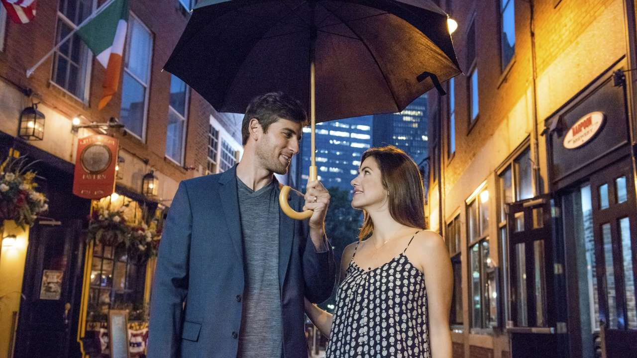 'How to Train Your Husband': Inspired by Vintage RomCom. A review of the Julie Gonzolo film.