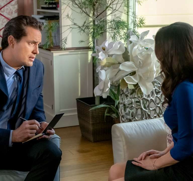 New Matchmaker Mystery 'A Fatal Romance' Inspires a Case! A review of the new TV film with Danica McKellar. Text © Rissi JC / RissiWrites.com