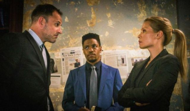 "5 of the Best things in 'Elementary': ""Their Last Bow."" Talking about the final season of the CBS drama with Lucy Liu and Jonny Lee Miller. Text © Rissi JC"
