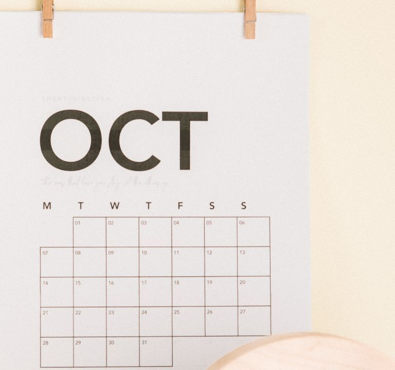 NEW MONTH IN REVIEW | OCTOBER 2020. A recap of the month here at Finding Wonderland + old favorites! © Rissi JC