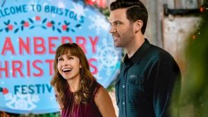 'Cranberry Christmas': The Best Most Unusual Romance of the Year. A review of the 2020 film with Nikki DeLoach. Text © Rissi JC