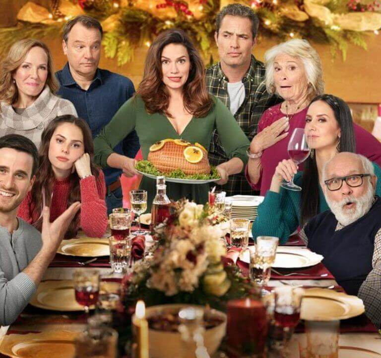 'Five Star Christmas': A Fun Family Fest. A review of the 2020 Countdown to Christmas film with Bethany Joy Lenz. All text © Rissi JC