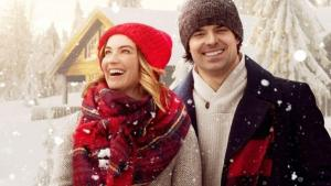 'Inn Love by Christmas' is a Romance in a Competition! A review of the 2020 Lifetime movie with Jesse Hutch & Jonna Walsh. Text © Rissi JC