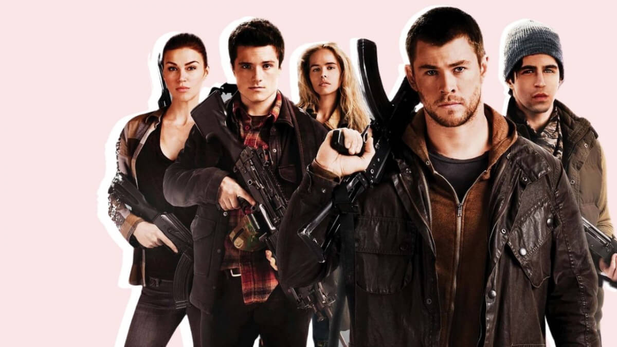 'RED DAWN': A DARK AND TRAGIC DYSTOPIAN WITH A GOOD CAST. Review of the remake Red Dawn (2012) with Chris Hemsworth. All text is © Rissi JC