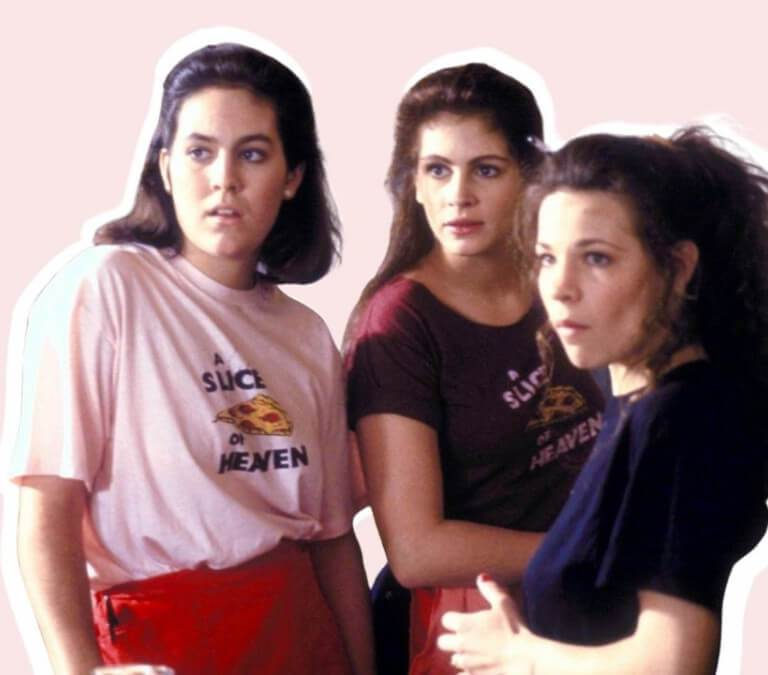 'MYSTIC PIZZA': ONE OF THE NOSTALGIC MOVIES ABOUT SISTER LOVE. Review of the 1988 dramedy with Julia Roberts. All text is © Rissi JC