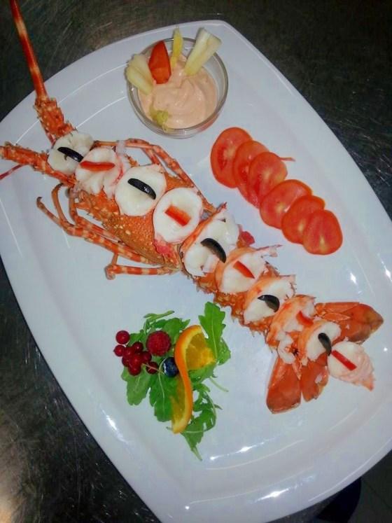 aragosta-bellavista-ristorante-pesce-conchiglia-doro-pineto