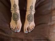 17.мехенди на ноге фото