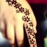 11мехенди на руке фото лёгкие