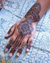 12.рисунки мехенди на руке