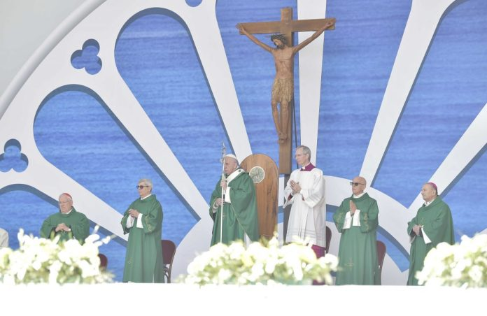 Il Papa a Bari