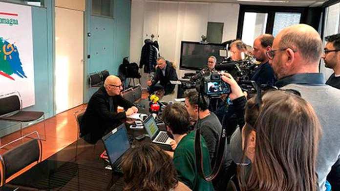 Una delle conferenze stampa giornaliere in Regione