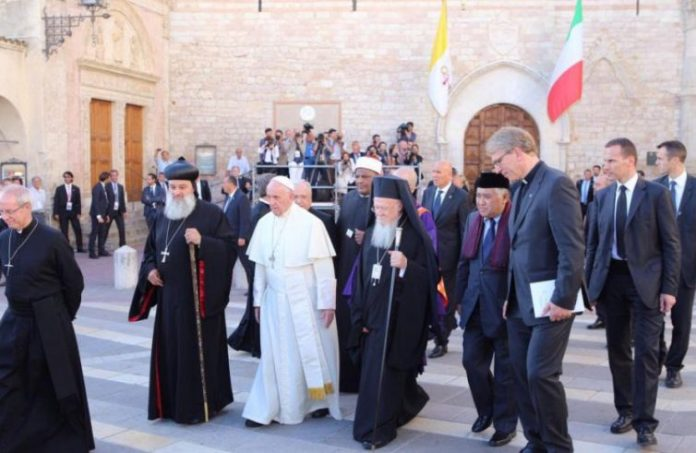 La preghiera inter-religiosa di Assisi