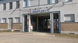 L'entrata della sede della cooperativa Raviplast