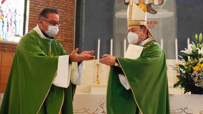 Un momento della Messa a Pinarella